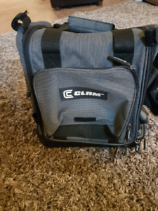 Like new  clam  large size  fish finder hard  tackle bag.