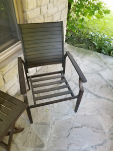 Metal outdoor patio dining chairs