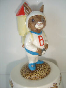 "Royal Doulton Bunnykins 1984 ""Fly Me To The Moon"" West Island Greater Montréal image 4"
