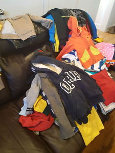 Clothes for age 3-7.