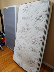 Single mattress, box spring and frame