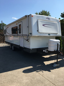 HI-LO Travel Trailer TowLite 27T