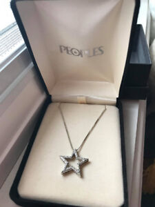 PEOPLES Silver Necklace