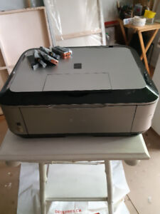 Printer for sale includes FIVE ink cartridges