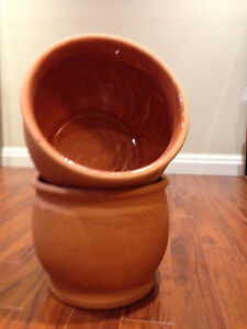 TERRACOTTA PLANT CONTAINERS