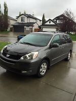2004 Toyota Sienna LE, Fully Loaded, DVD