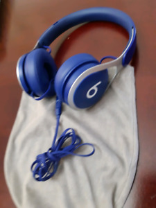 Beats EP wired headphones w/ pouch