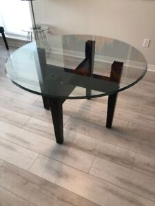 For Sale: Glass Dining Room Table