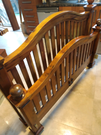 """""""Cherrywood"""" King Size Solid Pine Bed"""