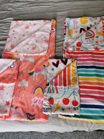 Two single sets of duvet cover