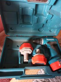 Makita cordless drill 3 batteries
