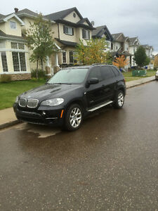 Loaded 2013 BMW X5 xdrive 35d-In Great Shape!