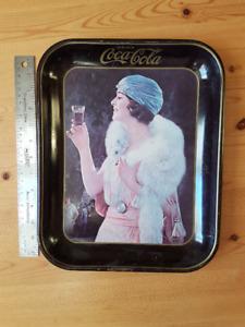 Cabaret Coca-Cola 1973 en bon état! Anglais