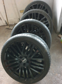 """22"""" Range rover land rover alloy wheels and tyres"""