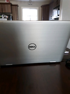 Dell Inspiron Laptop 17 Inch screen.