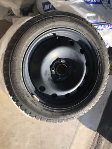 4 USED WINTER TIRES FOR SALE 4 PNEUS D'HIVER USAGEES A VENDRE!