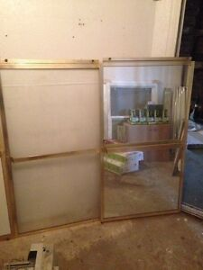 SHOWER DOORS WITH MIRROR