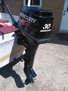 2010 30 HP Mercury Outboard Electric Start