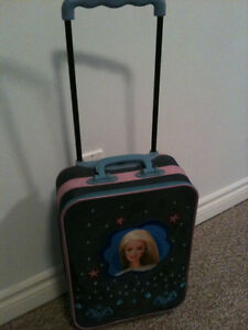 Barbie suitcase  extendable handle and good rolling wheels  in g Kitchener / Waterloo Kitchener Area image 2