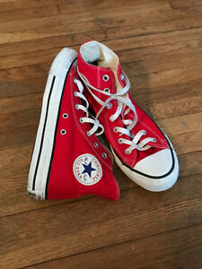 womens 8, mens 6 red converse