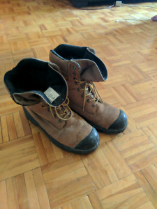 Men size 10 steel toes