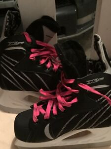 Hockey skates size 3