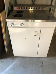 KItchen modulesink / stove top fridge ,