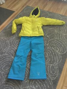 Manteau et pantalon d'hiver