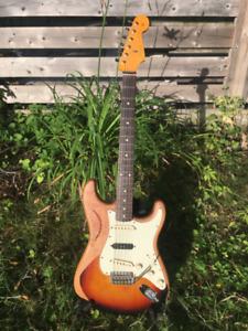 2012 American Vintage Reissue 62' Fender Stratocaster Roadworn