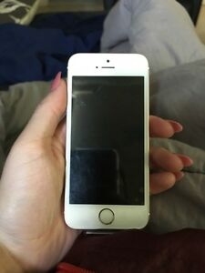 Telus iPhone 5SE $300 Kingston Kingston Area image 1
