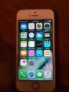 Iphone 5s gold fast and like new