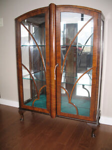 Antique buy or sell hutchs display cabinets in for Kitchen cabinets kamloops