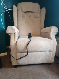 Mobility lift chair in perfect condition