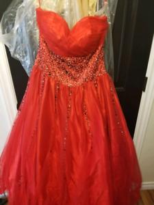 2 prom dresses $200 each