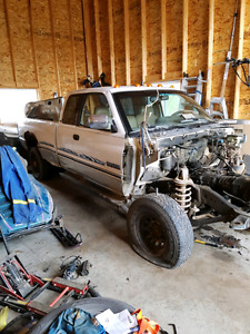 97 dodge ram 2500 diffs and some parts