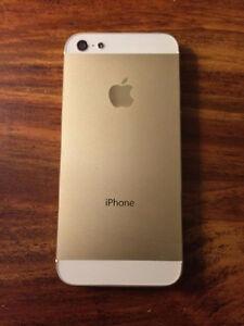White and Gold Iphone 5s Gatineau Ottawa / Gatineau Area image 1