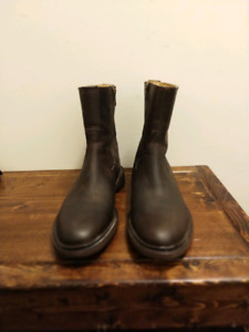 Beautiful Frye Boots for Cheap! Size 8.5
