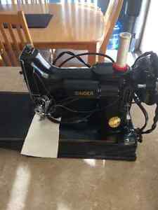 Singer Portable Electric 221-1 Sew Machine