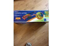 Laminate floor cutter.