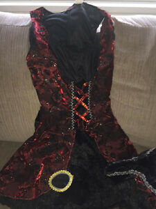 Awesome Halloween Pirate Costume Size Small 4-6