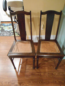 ANTIQUE FURNITURE AND ESTATE ITEMS