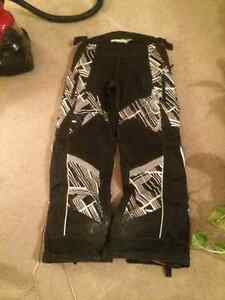 Castle Snowmobile Pants Size Large For Sale! Kitchener / Waterloo Kitchener Area image 3