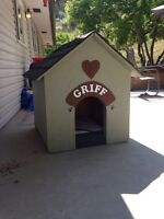Insulated Dog house and warming pad 130$