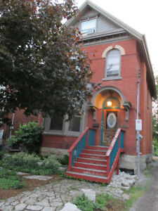 NEW YORK STYLE APT IN THE HEART OF DURAND IN HAMILTON