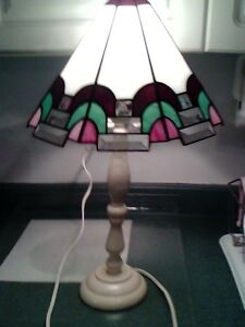 Hand made stain-glass table lamp