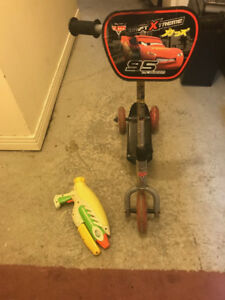 MCQUEEN SCOOTER WITH FREE WATER GUN