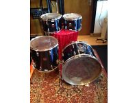 TAMA SWINGSTAR X4 DRUM SET.