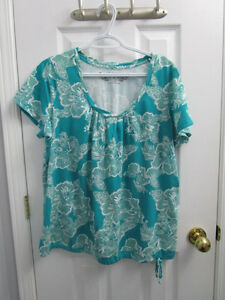 Ladies plus size turquoise short sleeve shirt from AE size 1X