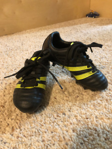 2 PAIR OF KIDS SOCCER SHOES