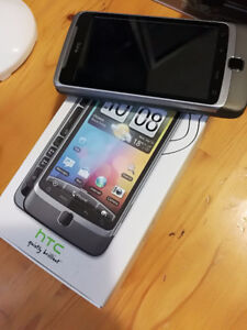 HTC Desire Z with QWERTY keyboard and new battery Android phone